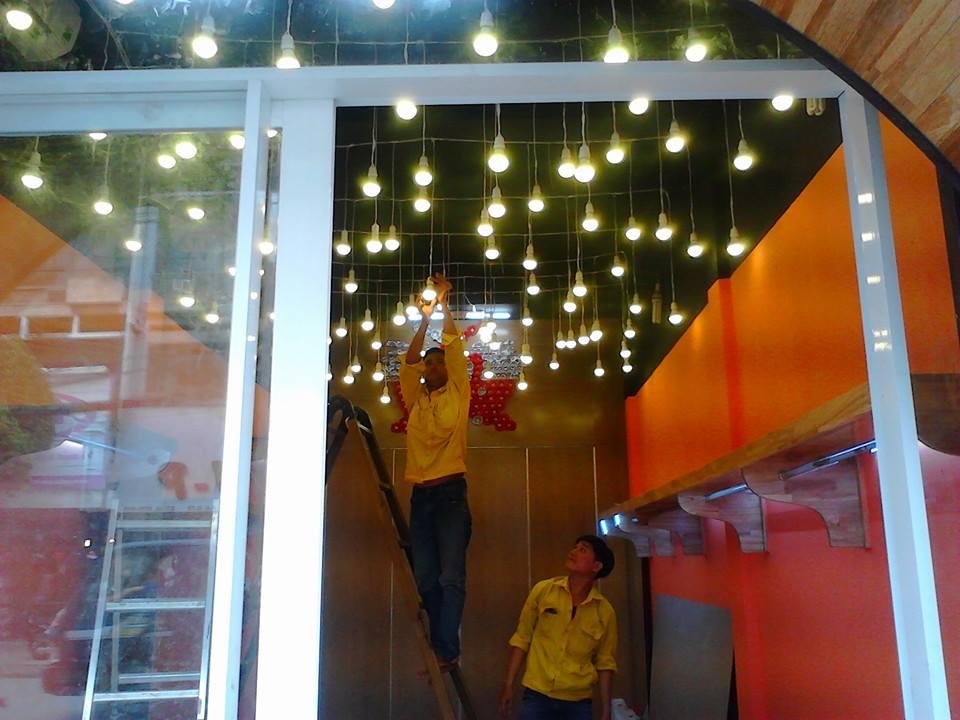 Lắp đèn trang trí Hà Nội